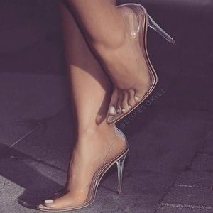Clear heels pointed toe NEW